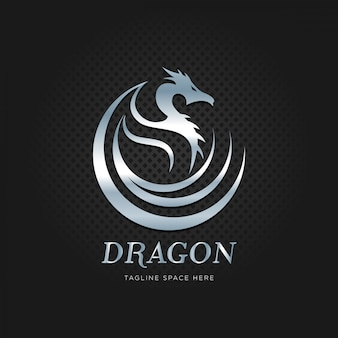 Dragón metal plateado con logo.