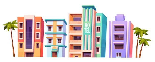 Edificios, hoteles modernos en miami en verano