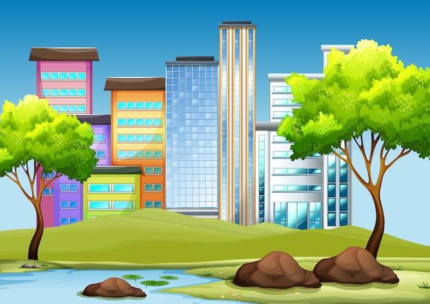 Edificios y parque en la ciudad.