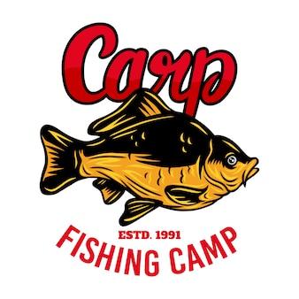 Ejemplo aislado retro de los pescados de la carpa del emblema del vintage en un blanco.