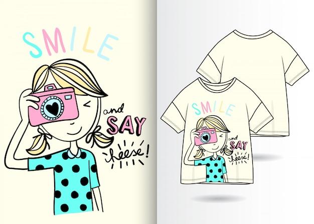 Ejemplo lindo dibujado mano de la muchacha con diseño de la camiseta 7119568a295e0