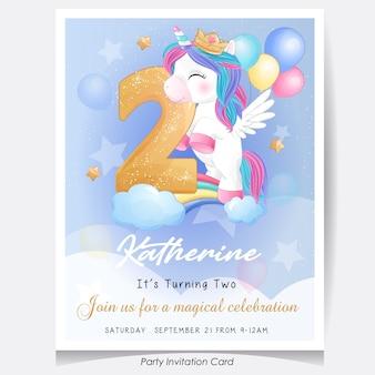 Ejemplo lindo de la tarjeta de la invitación de la fiesta de cumpleaños del unicornio del doodle
