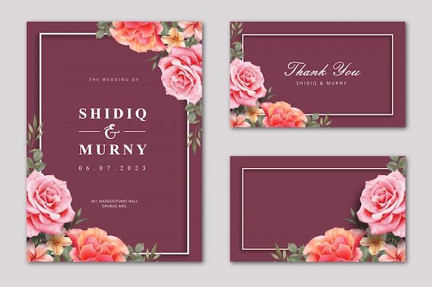 Elegante conjunto de tarjeta de boda con flor color de rosa sobre fondo de color granate