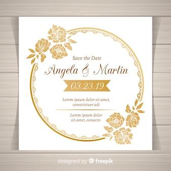 Elegante plantilla de invitación de boda floral con marco dorado
