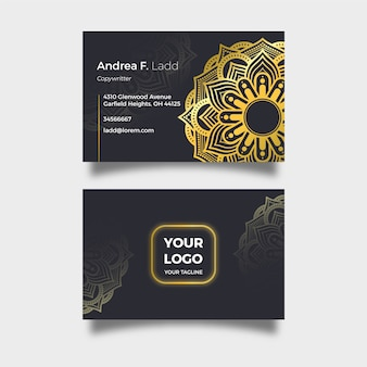 Elegante tarjeta de empresa con mandala dorado