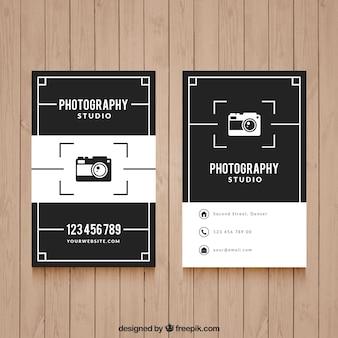 Elegante tarjeta de visita negra y blanca para fotografía