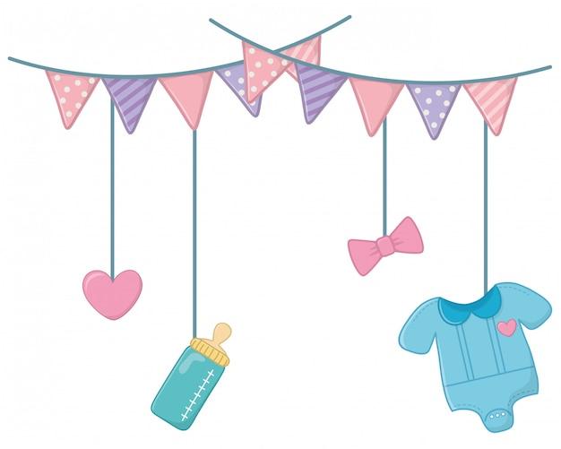 Elementos para bebés colgando de la cuerda del tendedero