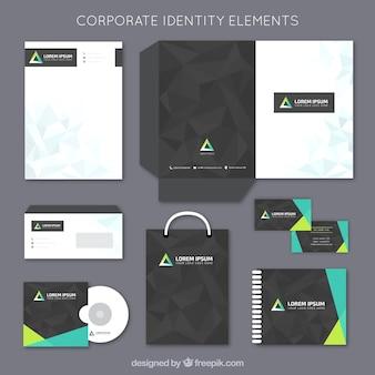 Elementos de papelería de corporación