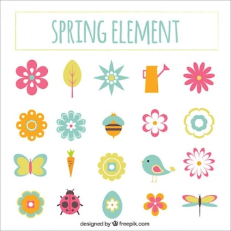 Elementos dibujados a mano lindo de la primavera
