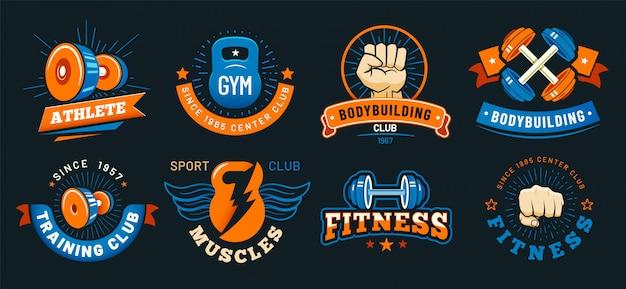 Emblema de gimnasio vintage. músculos de atleta, etiquetas de fitness y culturismo. conjunto de vectores de signos deportivos