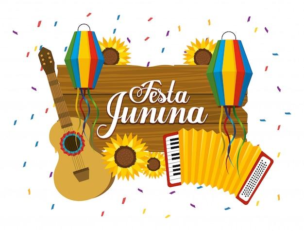 Emblema de madera con guitarra y acordeón a fasta junina