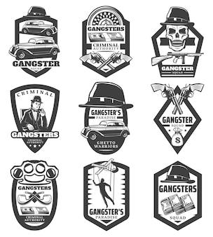 Emblemas de la mafia vintage con gángster coches clásicos revólveres pistola sombrero cráneo dinero marioneta ruleta pipas nudillo aislado