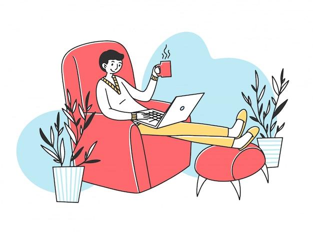 Empleado independiente relajado tomando café
