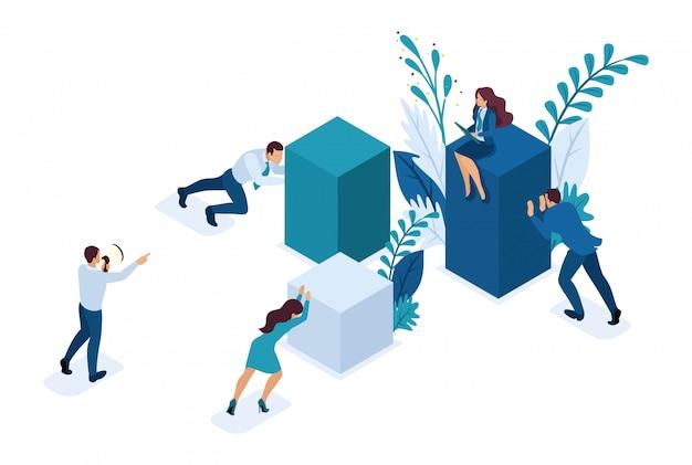 Empleados isométricos trabajando juntos para crear una solución de negocios.