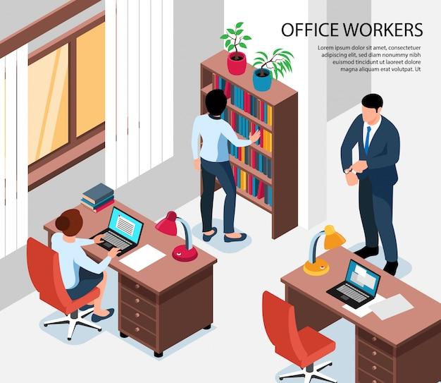 Empleados de oficina isométricos con empleados sentados en sus lugares de trabajo y jefe mostrando al final de la jornada laboral