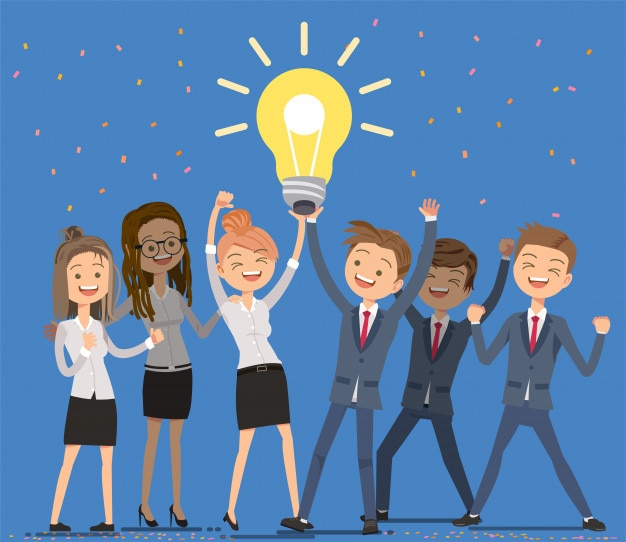 Empleados que trabajan en colaboración para lograr una buena idea