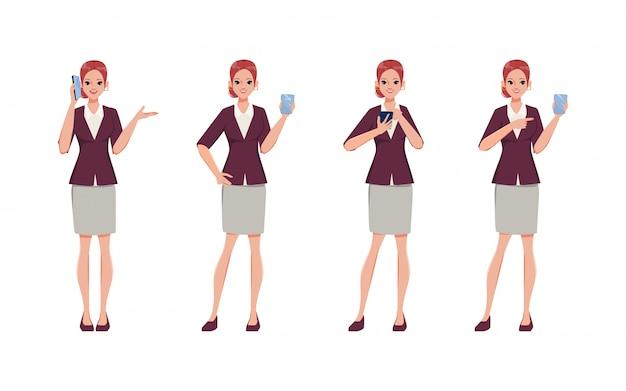 Empresaria en traje con juego de caracteres de teléfono móvil. smartphone y redes sociales.