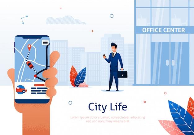 Empresario con aplicación móvil en smartphone.