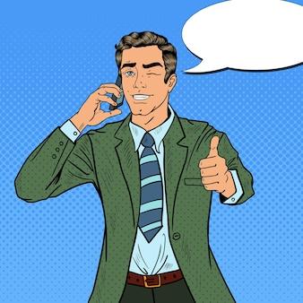 Empresario de arte pop hablando por teléfono y gesticulando genial. ilustración