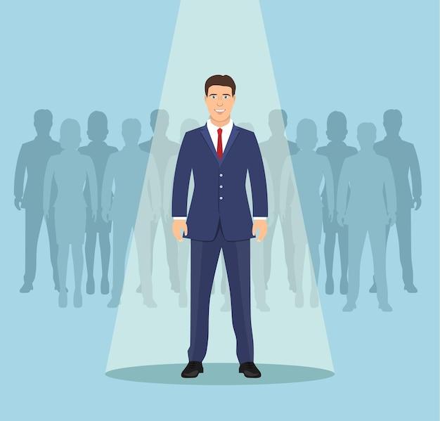 Empresario en el centro de atención