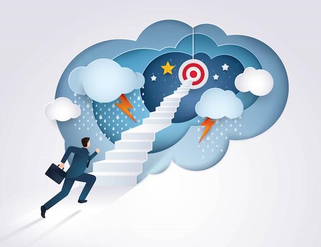 Empresario corriendo por la escalera hacia el objetivo, desafío, problema, camino hacia la meta