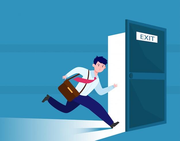 Empresario corriendo para escapar de la salida