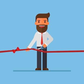 Empresario cortando una cinta roja