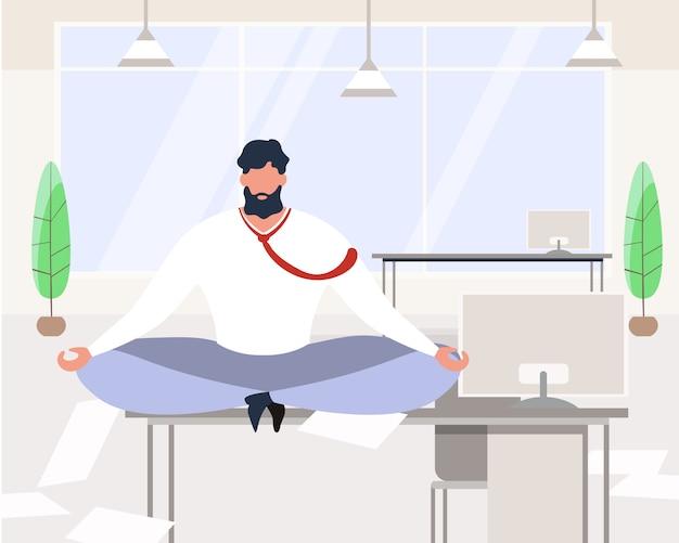 Empresario de dibujos animados meditando sentarse en la mesa en la sala de oficina