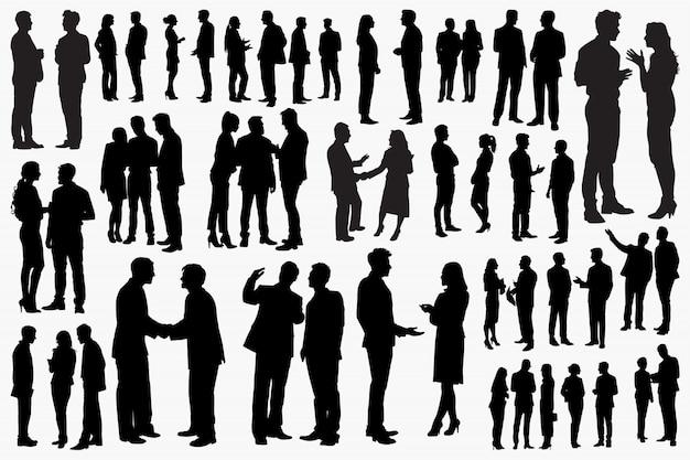 Empresario y empresaria hablando conjunto de siluetas