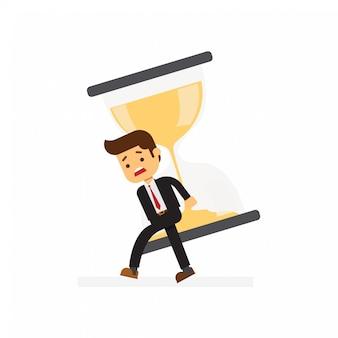 Empresario llevando reloj de arena en el hombro