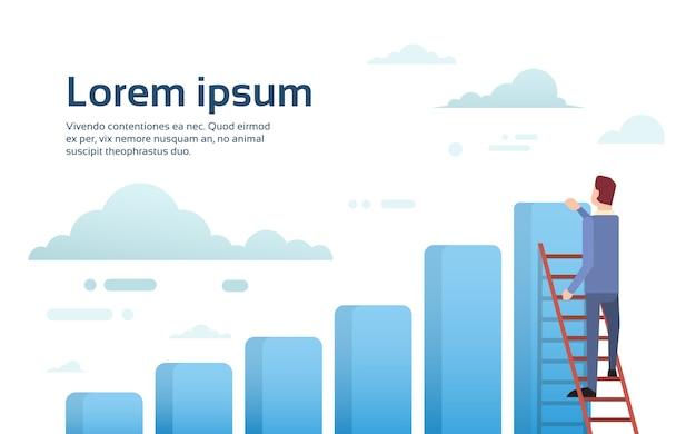 Empresario subir escaleras de escalera a gráfico de barras financiera
