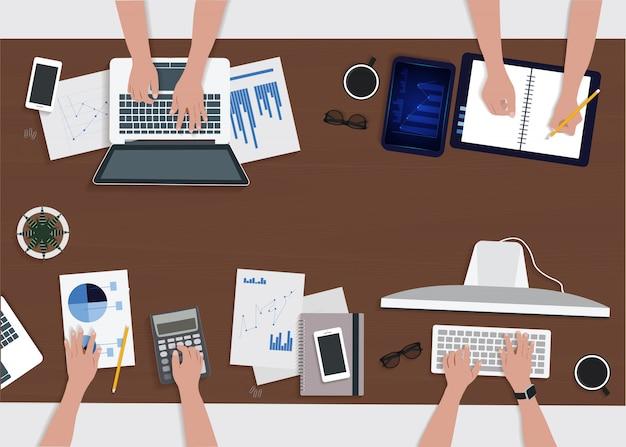 Empresarios de vector analizando el concepto financiero de estadísticas