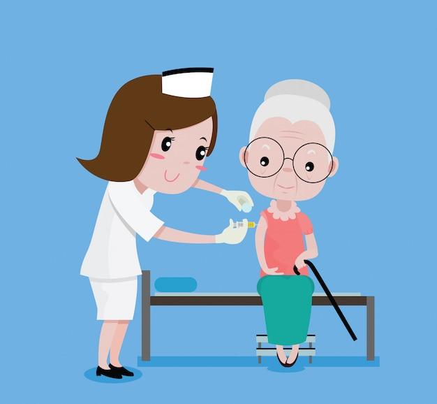 Las enfermeras fueron inyectadas con una mujer mayor.