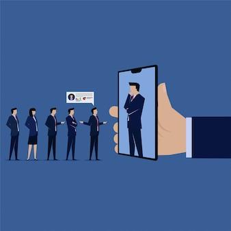 Entrevista de negocios en línea desde teléfono inteligente móvil