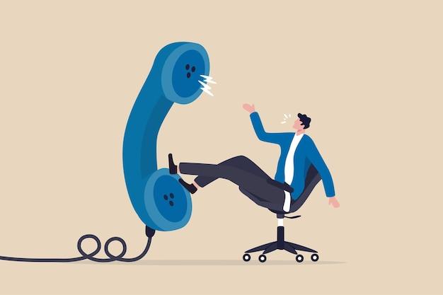 Entrevista de trabajo a través de una llamada telefónica o una reunión de conferencia sobre el concepto de teléfono