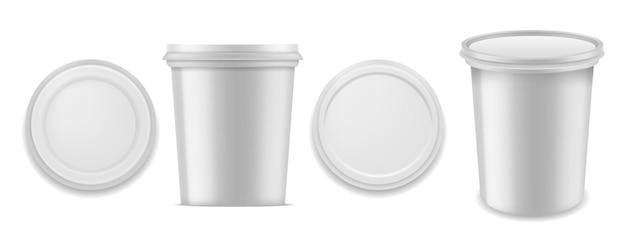 Envase de yogur. envases de plástico en blanco blanco realistas para productos de postre de leche. caja redonda cerrada con lámina rizada en la parte superior inferior frontal y vista en perspectiva 3d maquetas aisladas de vectores