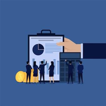 Equipo de negocios de auditoría de bienes para informe financiero.