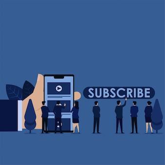 Equipo de negocios, haga clic en el canal de video y vea el botón de suscripción navegar.