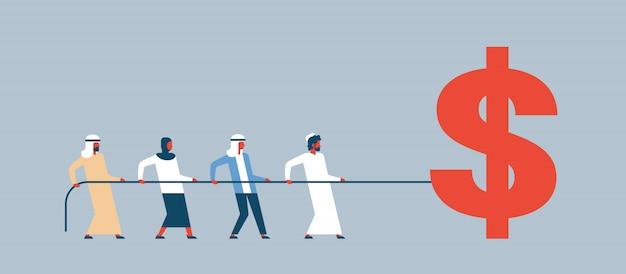 Equipo de personas árabes tirando de la cuerda icono de dólar concepto de crecimiento de la riqueza