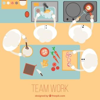 Equipo de trabajo en una cocina