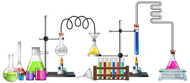 Equipos de ciencia sobre fondo blanco.