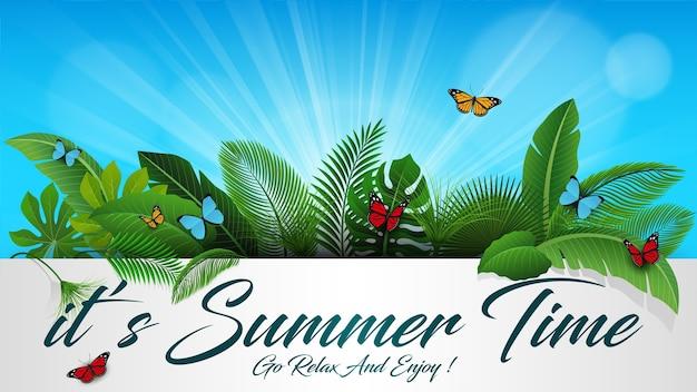 Es señal de horario de verano con hojas tropicales