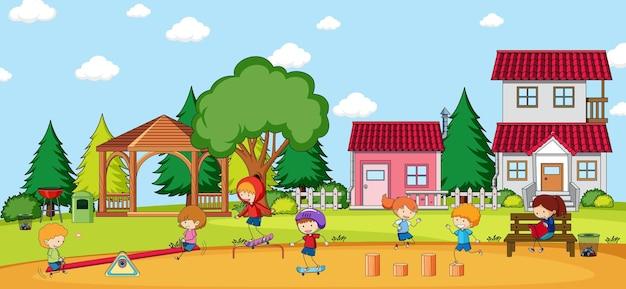 Escena al aire libre con muchos niños jugando en el patio de recreo.