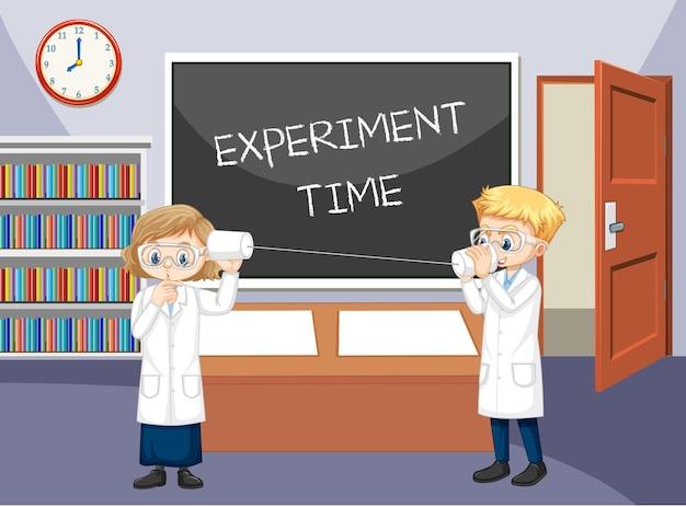 Escena del aula con científico haciendo experimento de teléfono de cadena