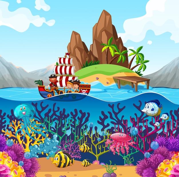 Escena con barco pirata en el océano
