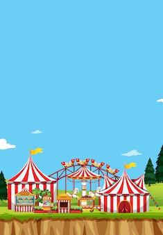 Escena de circo con carpas y muchas atracciones.