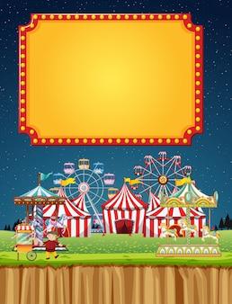 Escena de circo con plantilla de signo en el cielo nocturno