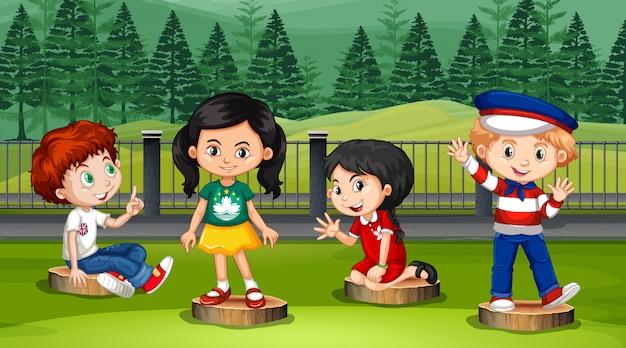 Escena con muchos niños en el parque.