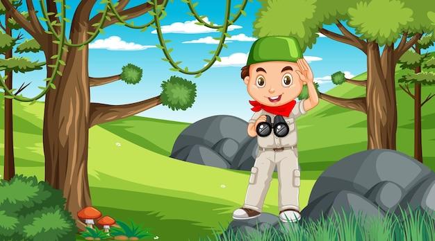 Escena de la naturaleza con un personaje de dibujos animados de niño musulmán explorando en el bosque