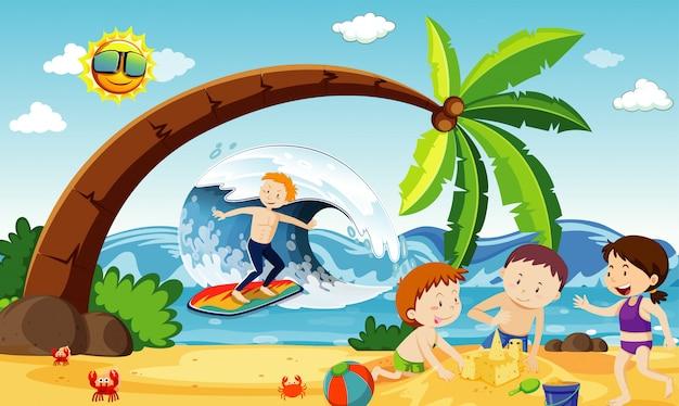 Escena del océano con gente divirtiéndose en la playa